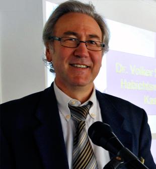 Dr. Volker Schmiedel